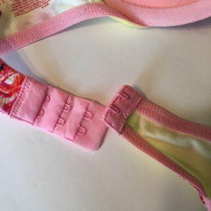Victoria's Secret Intimates & Sleepwear - VS Floral Print Push-Up Bra